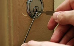 Door locks Cleckheaton